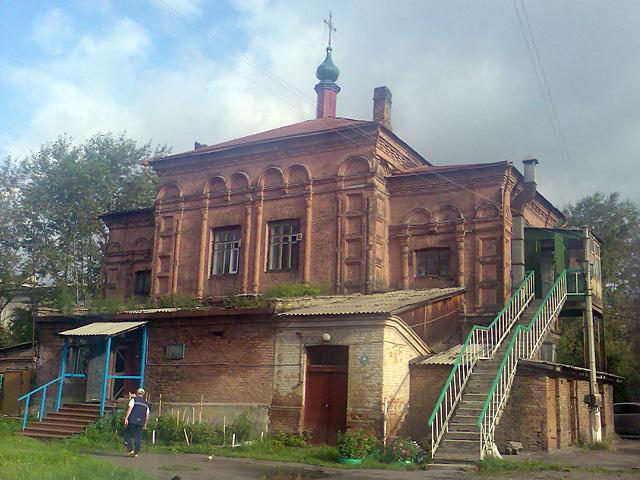 ГБ-1 Красноярска - пищеблок и церковь