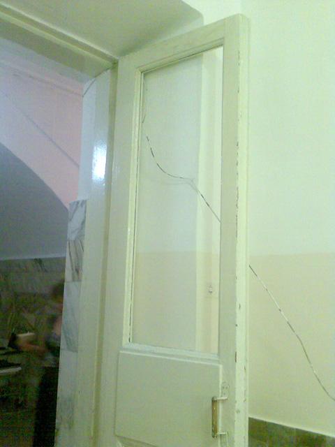 ГБ-1 Красноярска - выбитое стекло